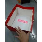 Túi giấy hông lớn màu đỏ đựng hộp quà