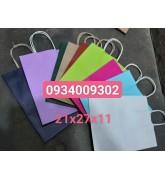 Túi giấy quai giấy nhiều màu có sẵn giá rẻ
