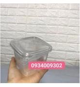 Hộp nhựa vuông đựng bánh taramisu