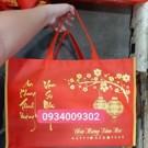 Túi vải đựng hộp quà tết có in chúc mừng năm mới